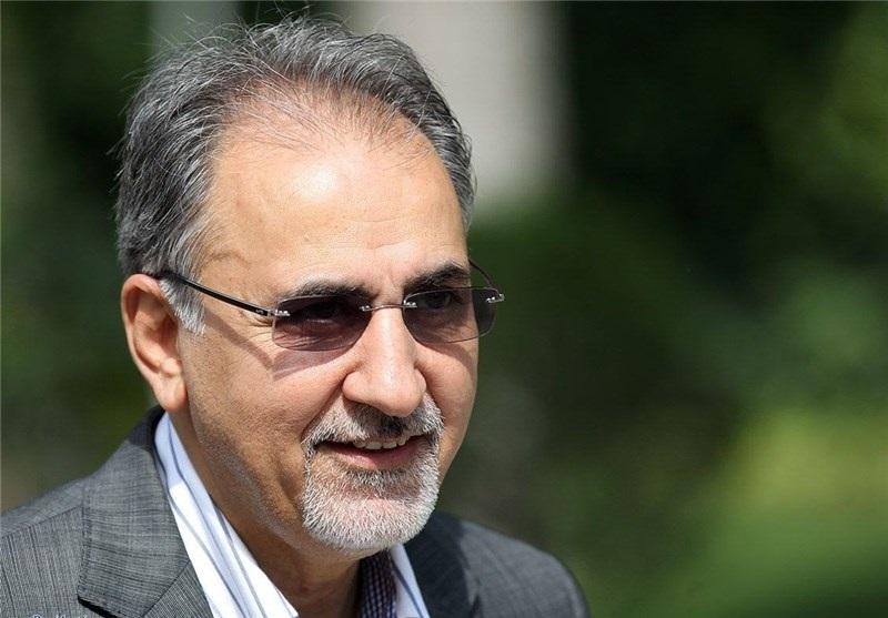 دست گزارش محمد علی نجفی در روز انتخاب رسمیش به عنوان شهردار + عکس