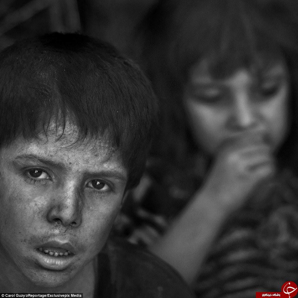 انعکاس رنج مردم موصل پیش از آزادی شهر از لنز دوربین عکاس واشنگتن پست