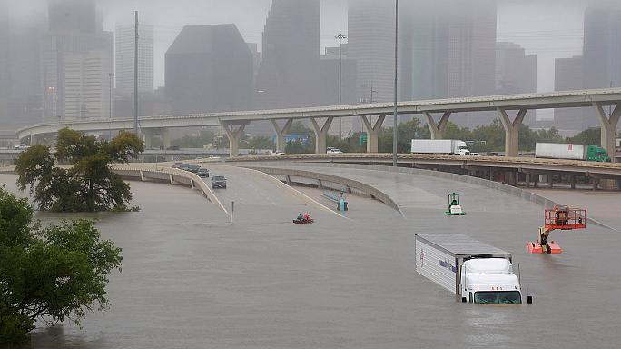 آسیب به یکصد هزار واحد مسکونی درپی طوفان در تگزاس