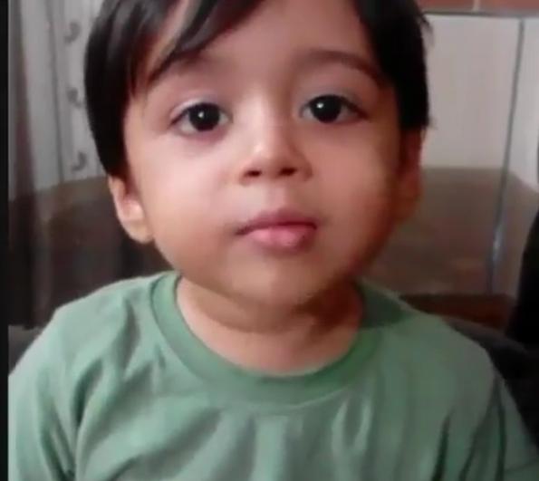 شیرین زبانی یک کودک با مداحی