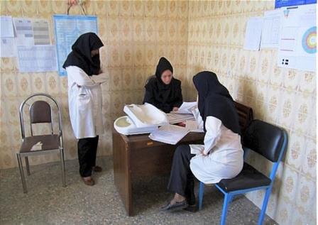 باشگاه خبرنگاران -اقدام خیرخواهانه بهورزان برای درمان بیماران در مناطق محروم + فیلم