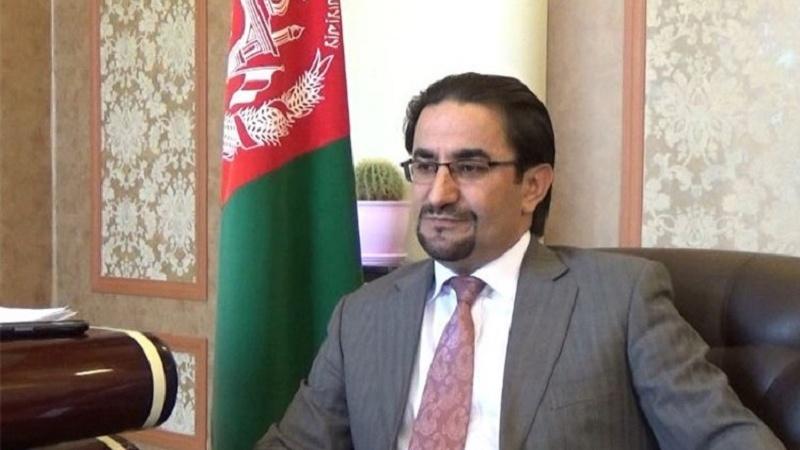 تفاوتی بین مهاجرین قانونی و غیر قانونی افغان در دریافت تذکره نیست