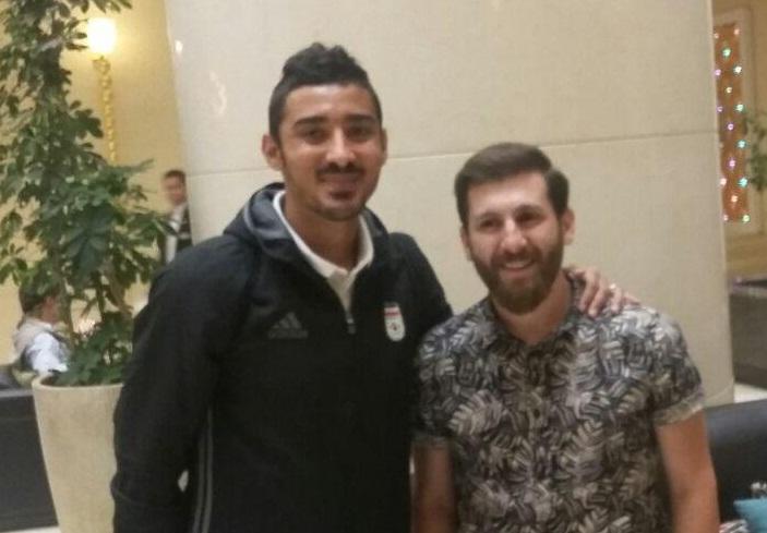 عکس یادگاری مسی با بازیکنان ایران + تصویر