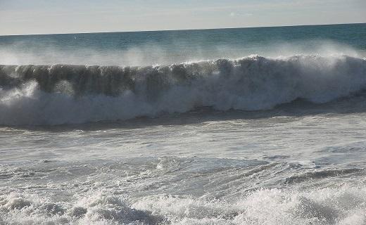 اطلاعیه هواشناسی دریایی | افزایش ارتفاع موج بین دو  تا سه متر