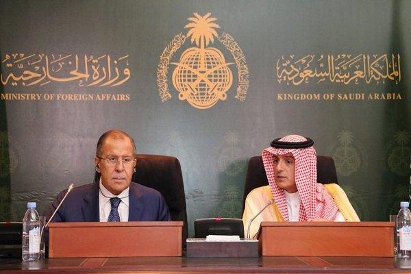 الجبیر: ریاض بر موضع خود درباره حفظ تمامیت ارضی سوریه تاکید دارد/ از عراق در جنگ علیه داعش حمایت میکنیم