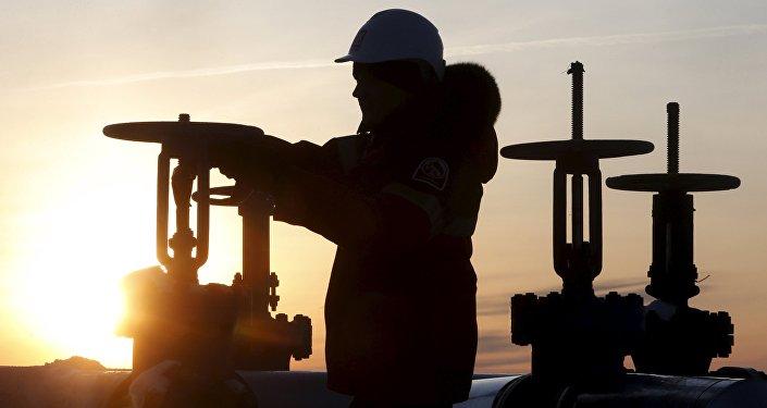 باشگاه خبرنگاران -عرضه ۴۰ میلیون تن نفت روسیه به چین تا پایان سال ۲۰۱۷