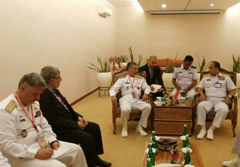توافق دریادار سیاری با فرمانده نیروی دریایی اندوزی برای توسعه همکاری فنی و عملیاتی