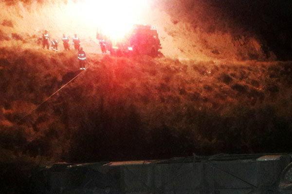 سقوط اتوبوس به دره در جاده جاجرود / 11 کشته در جاده جاجرود