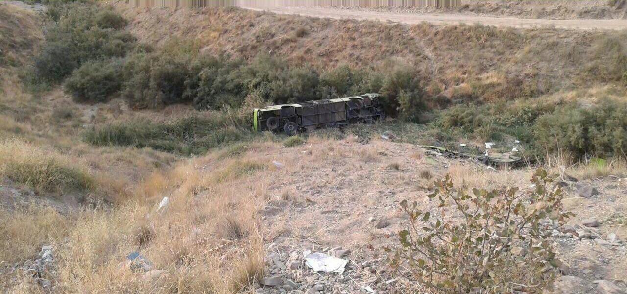 جان باختن 11 و مصدومیت 27 نفر در حادثه سقوط اتوبوس به دره در جاجرود + اسامی مصدومان