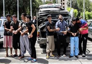 کشف 5 خانه فساد و متلاشی شدن باندهای مراکز فساد/ دستگیری عربده کش ها، ساقی ها و کاسب های تهران