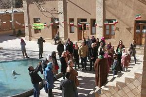 رشد ۶۰ درصدی دیدار گردشگران از بیت تاریخی امام (ره) درخمین