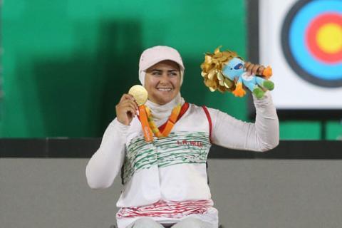 زهرا نعمتی به نشان طلای رقابت های جهانی دست یافت