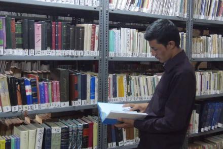 نگرانی فرهنگیان بلخ از کمرنگ بودن فرهنگ مطالعه میان جوانان