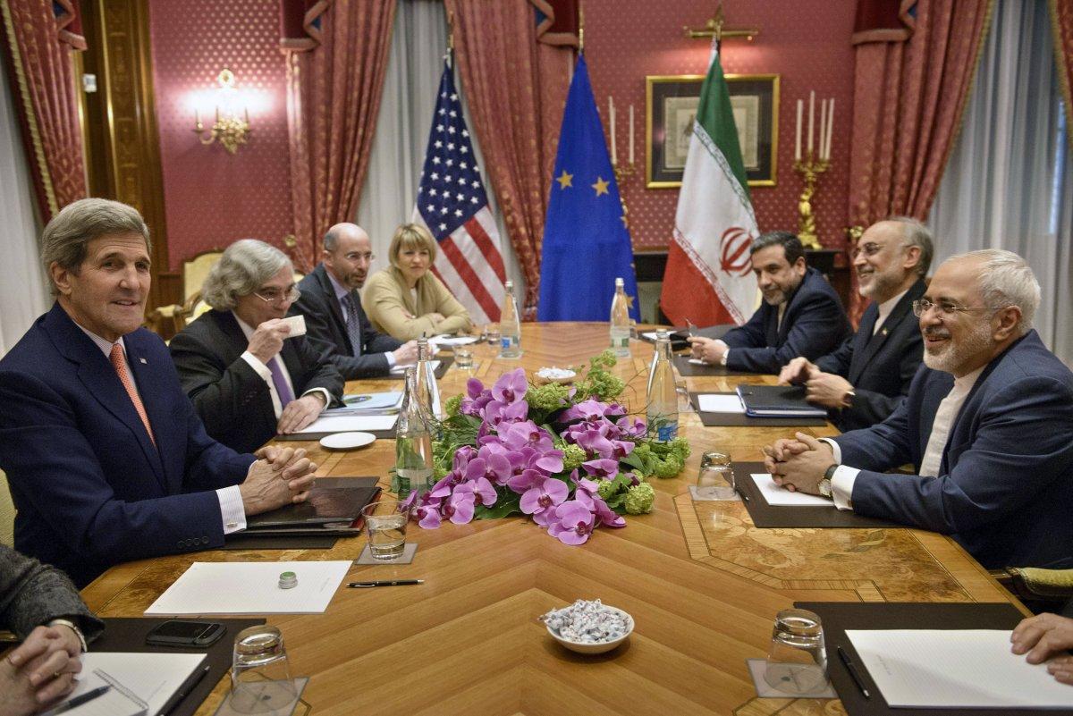 پولیتیکو: اتاق پژواک دولت اوباما برای حفظ توافق هستهای ایران دست بکار شده است