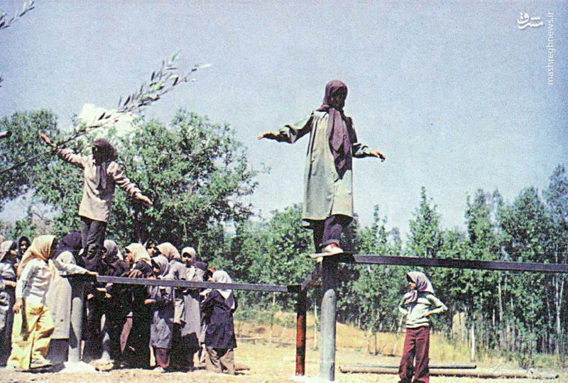 آموزش دفاعی دختران+تصاویر