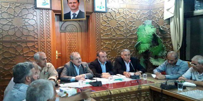 برخی وزرای دولت سوریه از دیرالزور بازدید کردند