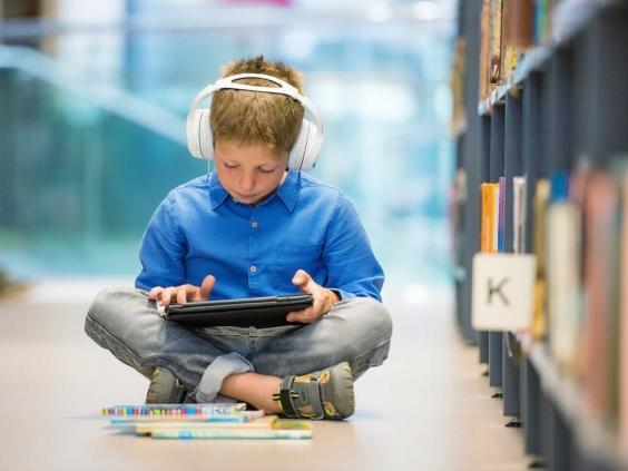 چگونه تکنولوژی تفکر کودکان را تغییر می دهد؟