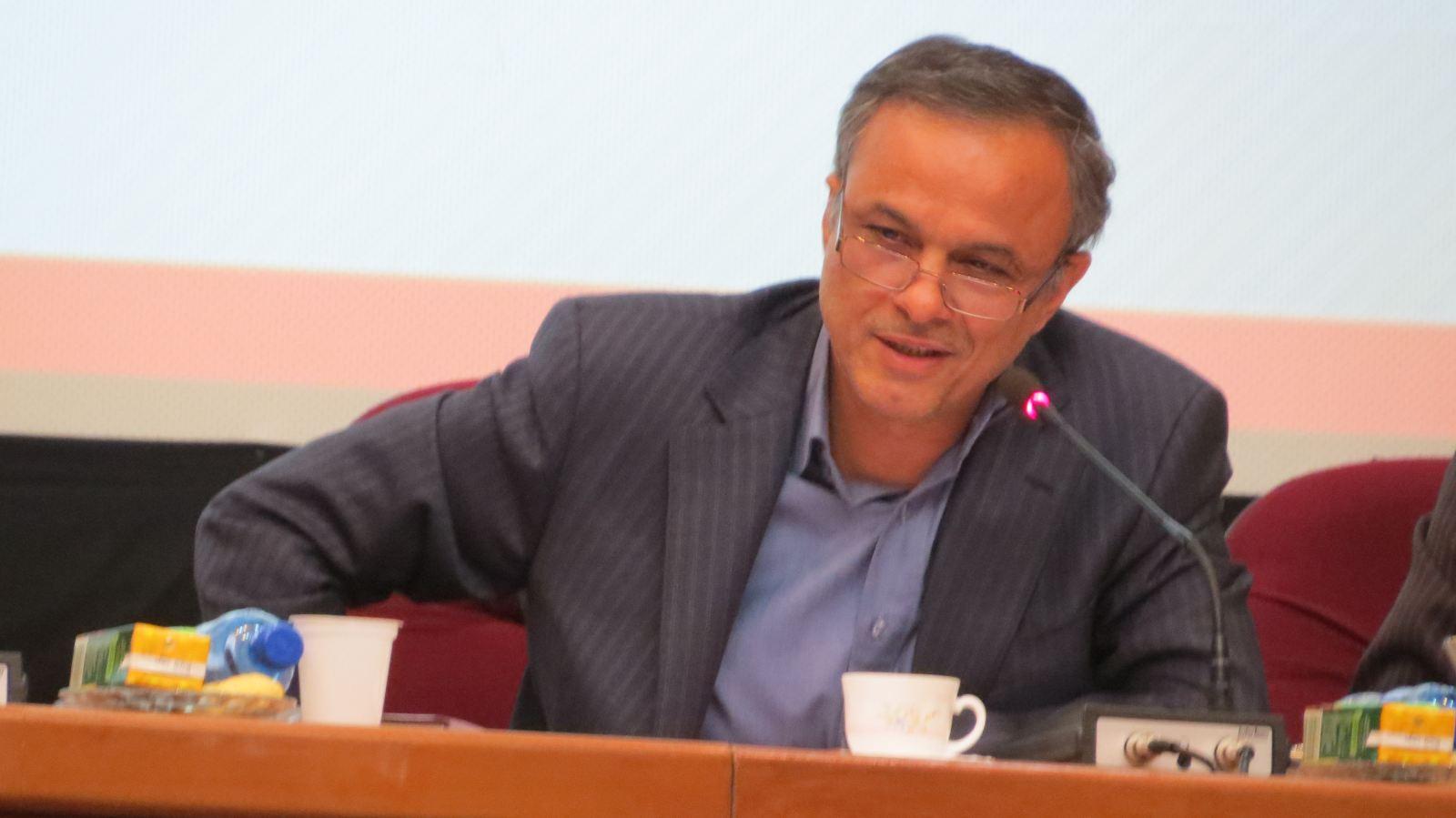 استان کرمان در تلاش برای دریافت اختیارات بانکی از کشور
