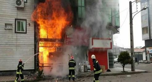 آسیب دیدن 7نفر در آتش سوزی رستوران