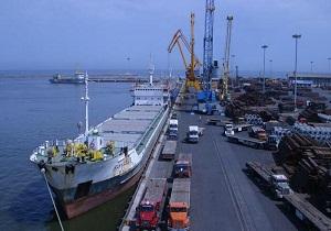 پهلوگیری کشتی حامل دومین محموله تجهیزات خریداری شده در بندر چابهار