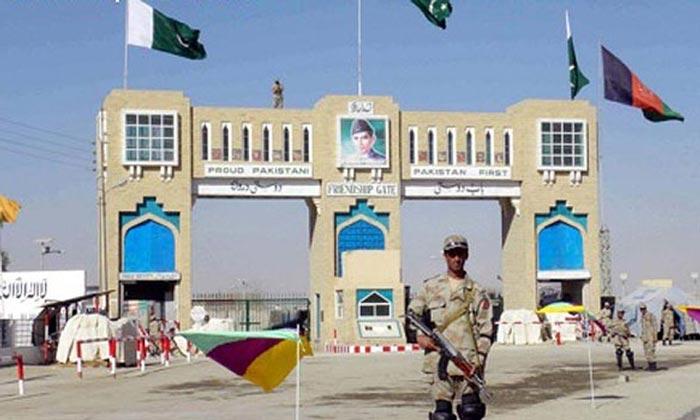 گذرگاه مرزی «تورخم» از سوی ارتش پاکستان باز شد