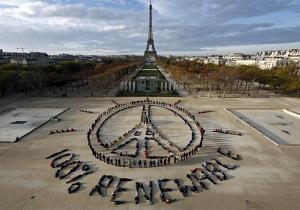 کاخ سفید شایعات مربوط به باقی ماندن آمریکا در توافق پاریس را تکذیب کرد