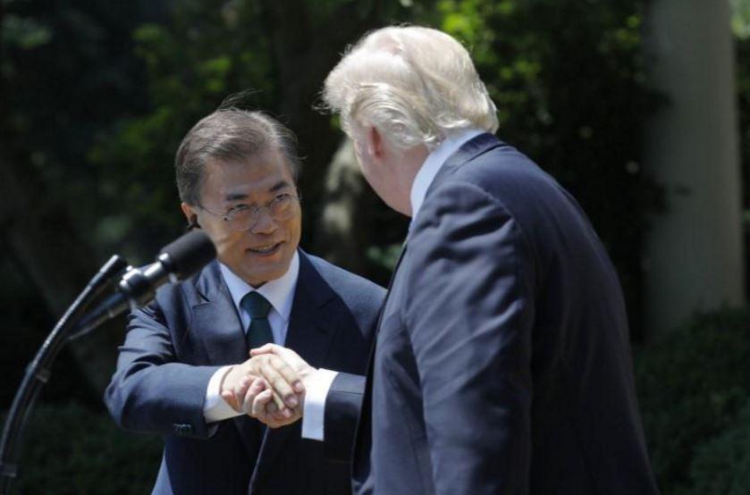 توافق روسای جمهور آمریکا و کره جنوبی برای اعمال فشار بیشتر بر کره شمالی