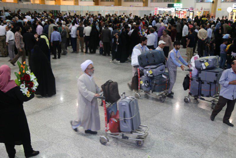 رضایت مندی حجاج و خانودههای آنان از نحوه خدمات رسانی در فرودگاه مشهد
