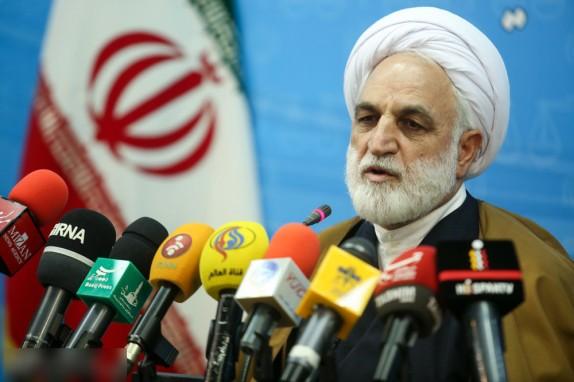 حکم قصاص نفس برای قاتل بنیتا/ آخرین وضعیت پروندههای احمدی نژاد، خاوری و نجومی بگیران/ هیچکس به جرم بهایی بودن بازداشت نمیشود