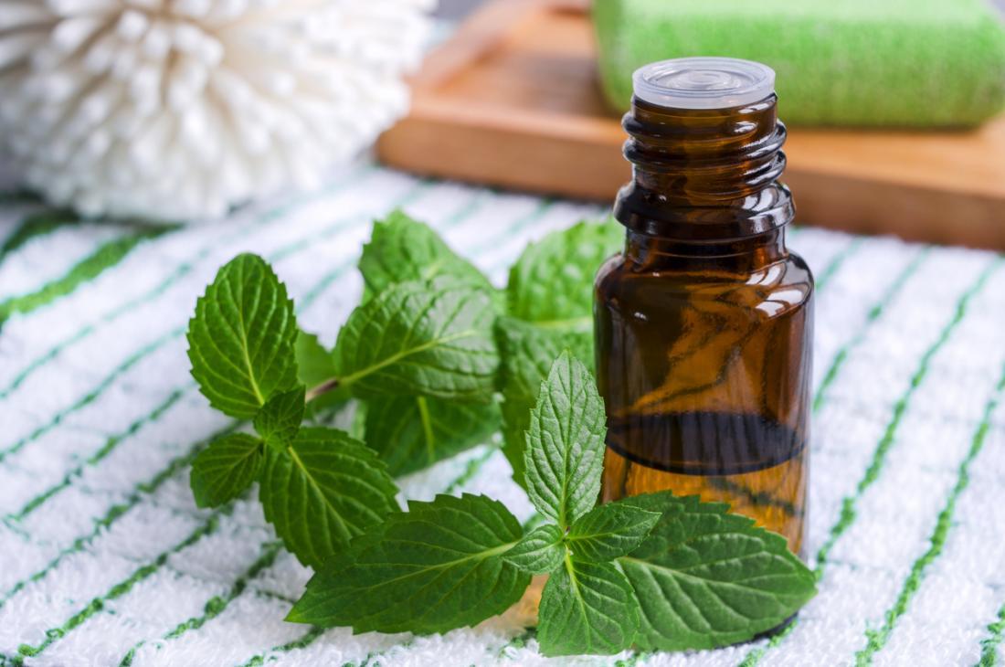 1-روغن نعناع؛ دارویی بی نظیر برای زیبایی و تقویت موهایتان2-با خوش بو ترین روغن گیاهی زیبایی را به موهایتان بازگردانید