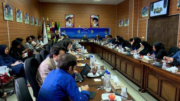 دفاع مقدس برای ملت ایران عزت آفرینی کرد
