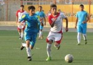 رقابت های فوتبال قهرمانی جوانان استان در سراوان