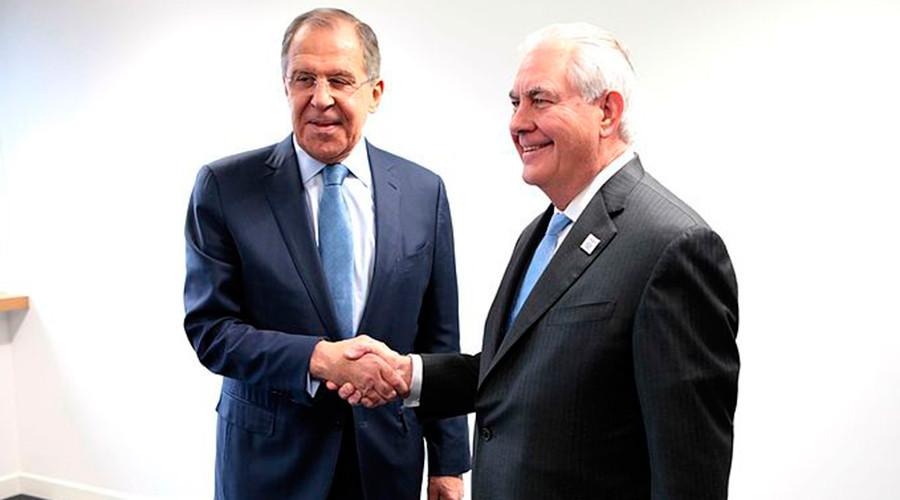 گفتگوی لاوروف و تیلرسون درباره سوریه، خاورمیانه و اوکراین