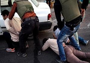 واکنش پلیس به درگیری مسلحانه اشرار در تهرانپارس/ دستگیری 5 نفر از شمشیرزن های شرق تهران
