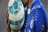 درگیری بازیکن و پزشک استقلال در رختکن!