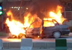 باشگاه خبرنگاران - آتش گرفتن یک پراید در اتوبان پاسداران تبریز + فیلم