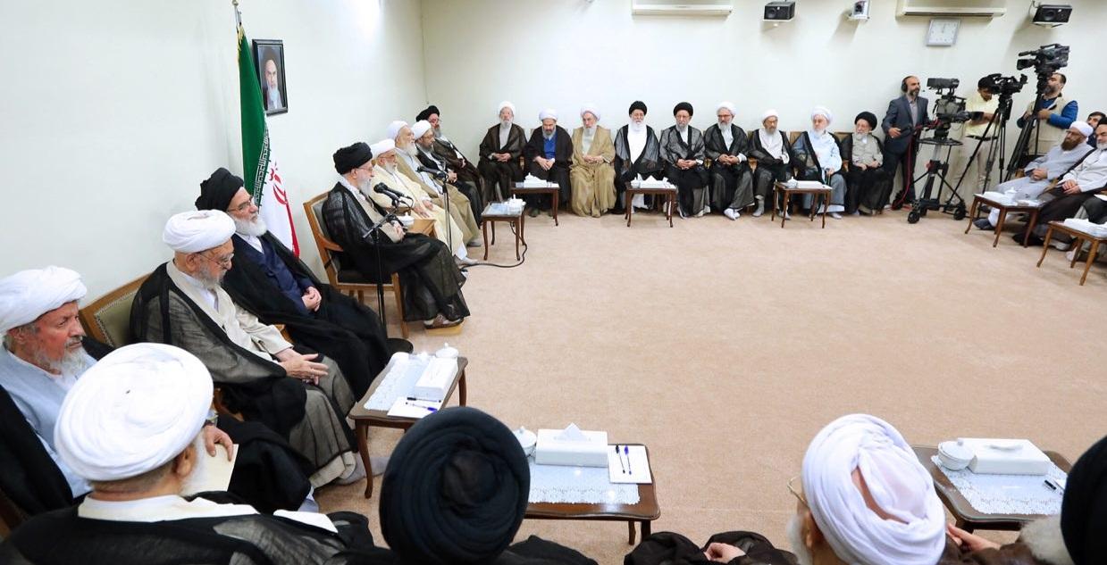 رئیس و اعضای مجلس خبرگان رهبری با رهبر معظم انقلاب دیدار کردند