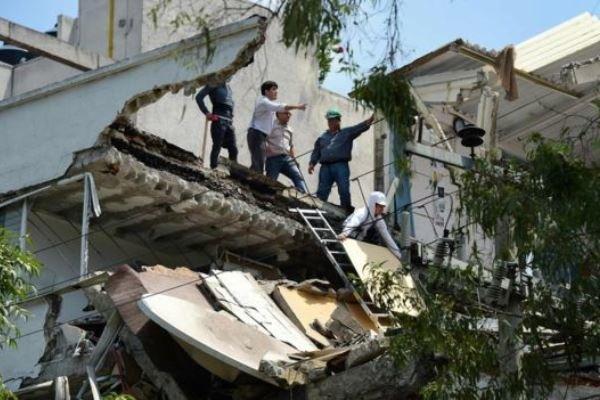 تعداد کشتههای زلزله در مکزیک به 273 نفر رسید