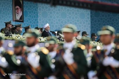 مراسم رژه نیروه های مسلح در حرم امام خمینی(ره) - 2