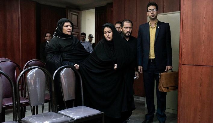 دادگاه قاتل آتنا اصلانی غیر علنی برگزار میشود / پدر آتنا اصلانی: قاتل دخترم در ملاعام اعدام شود