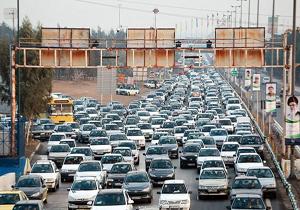 ترافیک سنگین در ورودیهای شهر تهران/ محور هزار مسدود شد