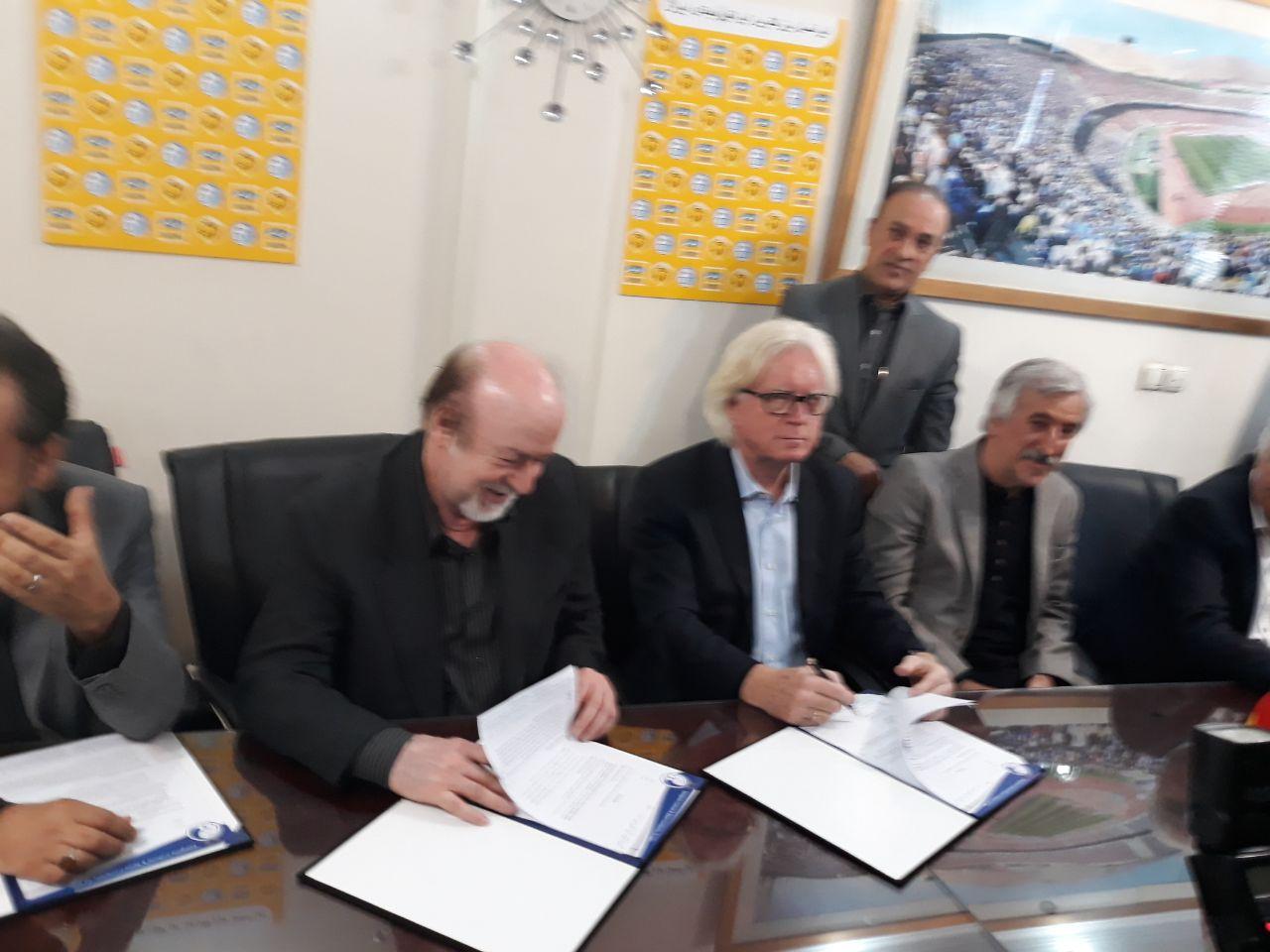 قرارداد وینفرد شفر با استقلال امضا شد