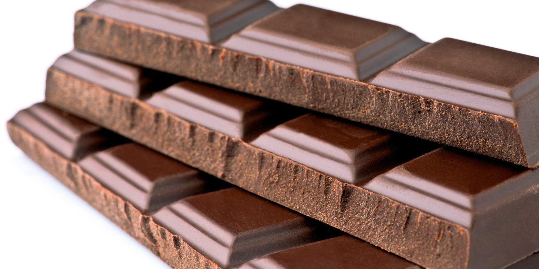 1- شکلات ضدآفتابی مخفیانه برای محافظت از پوست شما می شود2-با خوردن شکلات در هرفصلی ضدآفتابی طبیعی برروی پوستتان است