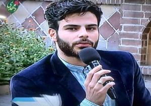 مصاحبه با خواننده پاپی که در بیت رهبری مداحی کرد