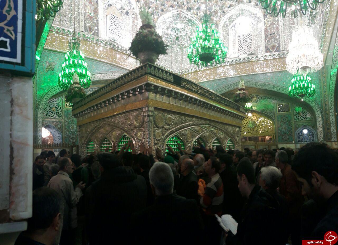 حال و هوای زائران در حرم مطهر امام رضا (ع) + فیلم