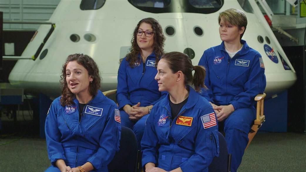 1-زنان پیشتازان سفربه سباره سرخ میشوند+ تصاویر2-زنان زودترازمردان پای به سیاره سرخ میگذارند+ تصاویر
