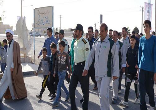 همایش پیاده روی خانواده و کارکنان نیروی انتظامی کوهدشت