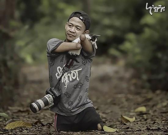 عکاس حرفهای که بدون دست و پا متولد شد+تصاویر