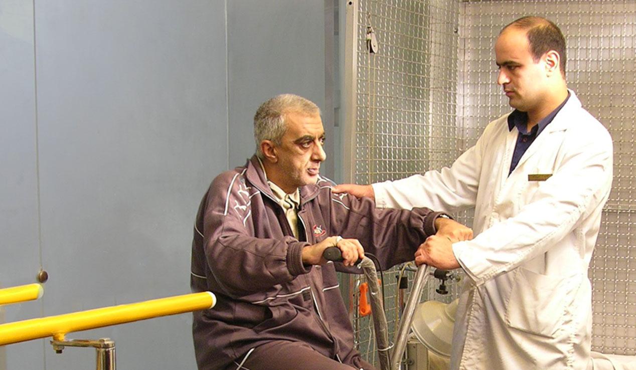 بهره مندی 2 هزار سالمند از خدمات درمانی کانون های سلامت در منطقه 15