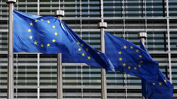 کمیسیون اروپا: همه طرفها باید به توافق هستهای ایران پایبند بمانند